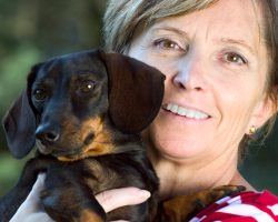 When it's Time to Pick Up a Dog, Here are 3 Things a Dog Owner Must NEVER Do